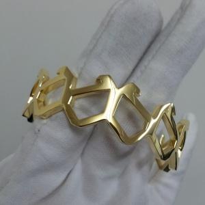 18K gold yellow by Yang atelier Ltd