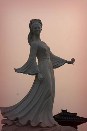 goddess of LuoYang 洛神 by Yan Shufen Sculpture art